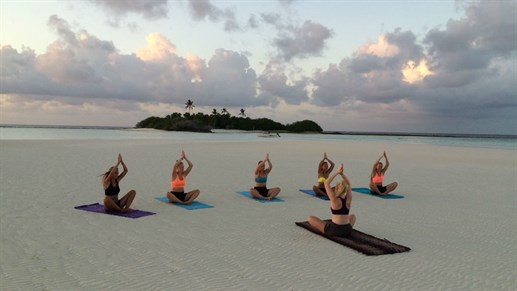 Yoga in Rasdhoo, Malediven
